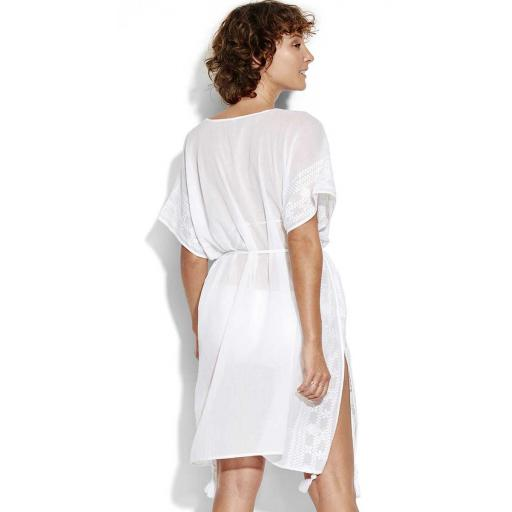 https://cdn.shopify.com/s/files/1/2371/8601/products/Seafolly_Shadow_Embroided_White_Kaftan_Rear_View.jpg?v=1600094921