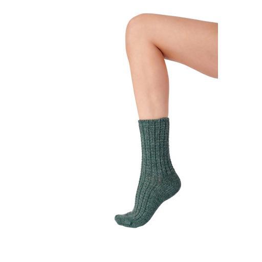 Pretty Polly Green Chunky Socks.jpg
